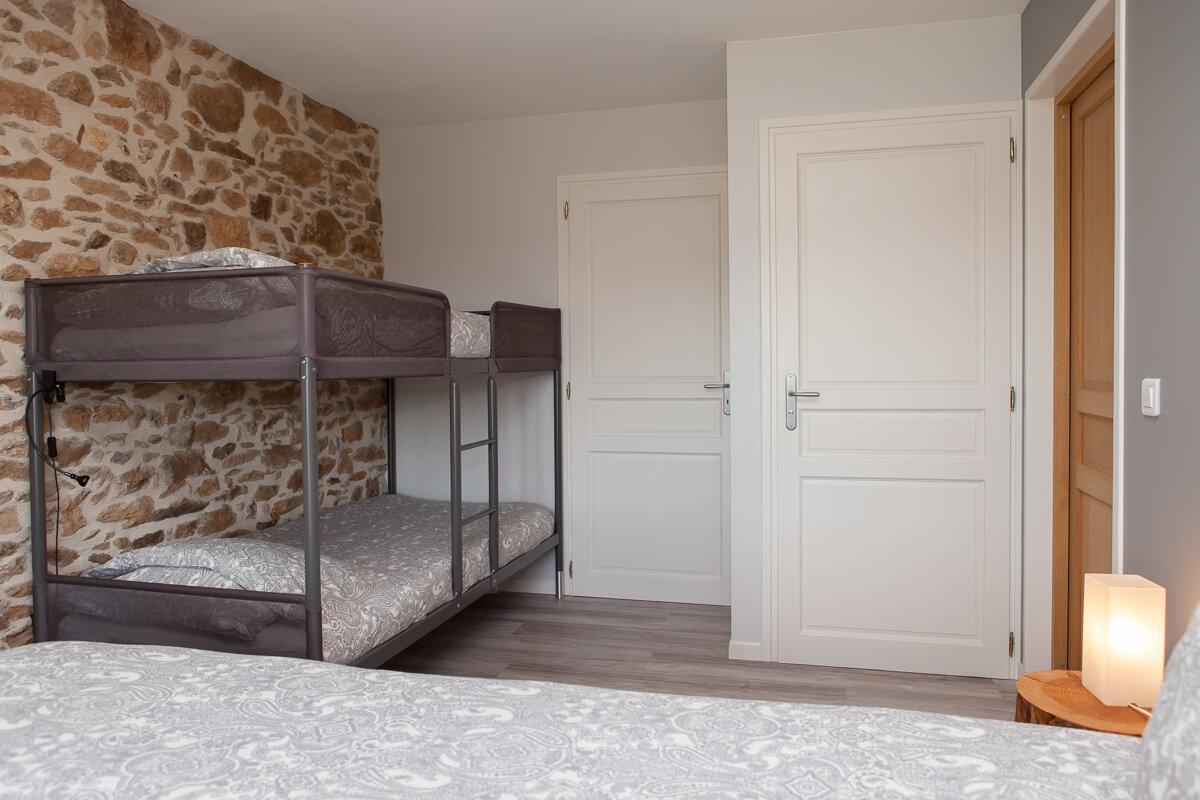 Chambres-d-hotes-Fleur-de-Lys-Bleue-Limousin-002